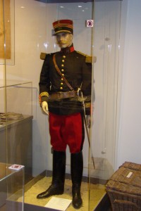 Costume Commandant Maugis. Don