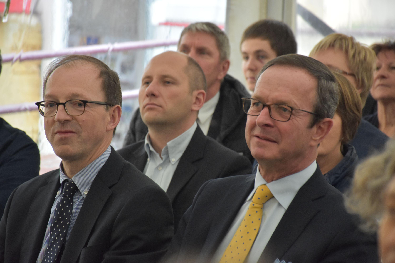 A l'avant plan Benoit LOORE, Conseiller du Fonds Baillet Latour et Guy van WASSENHOVE, Conservateur du Fonds Baillet Latour